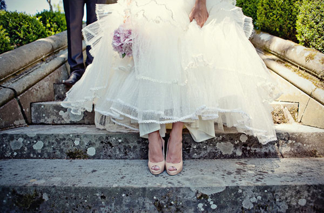 4-pronovias-wedding-dress-and-nude-christian-louboutin-bridal-shoes