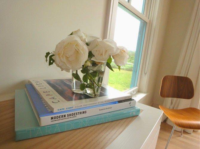 white-roses-eames
