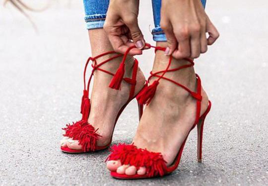 sandalia roja aquazurra