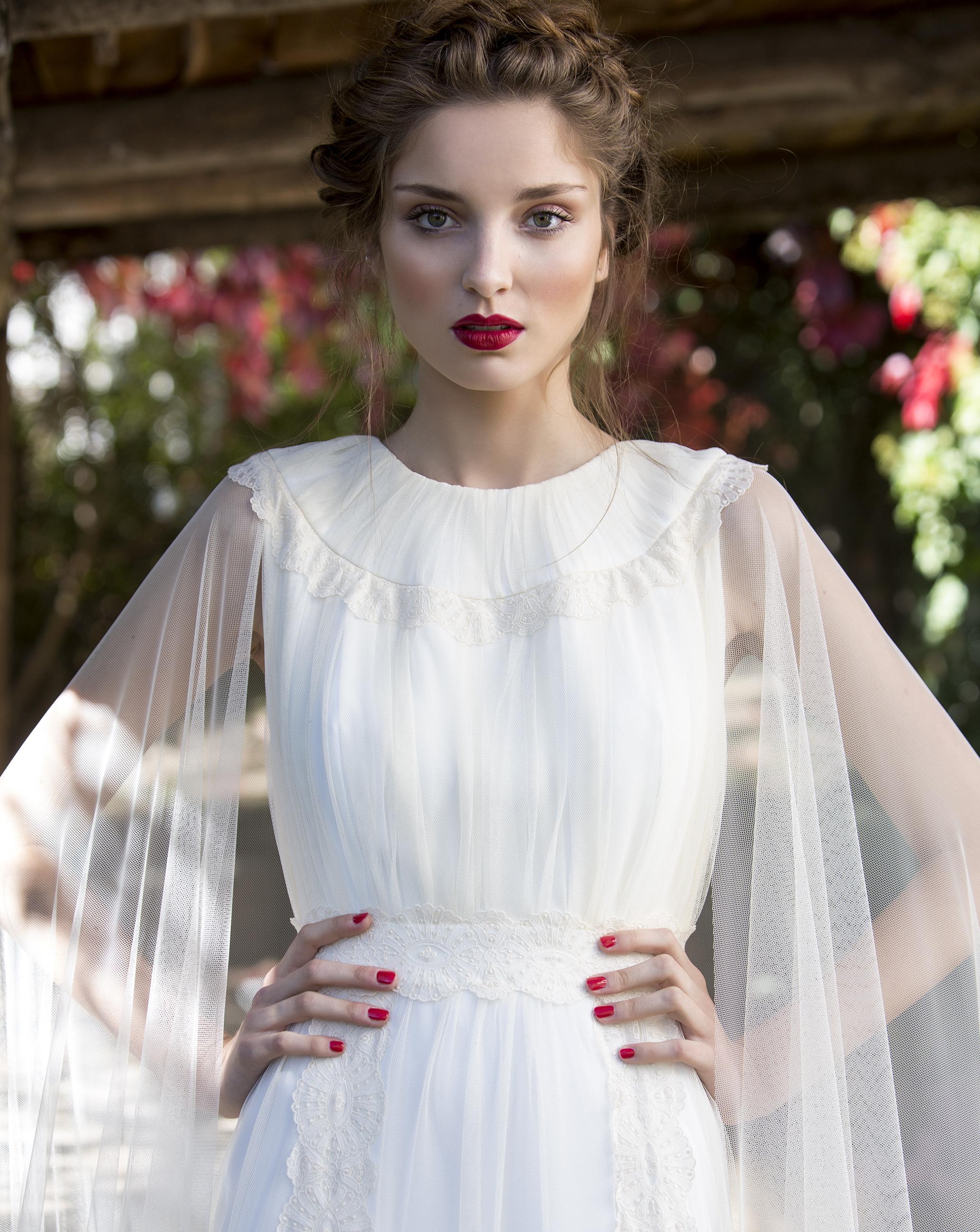 Vestido novia capa
