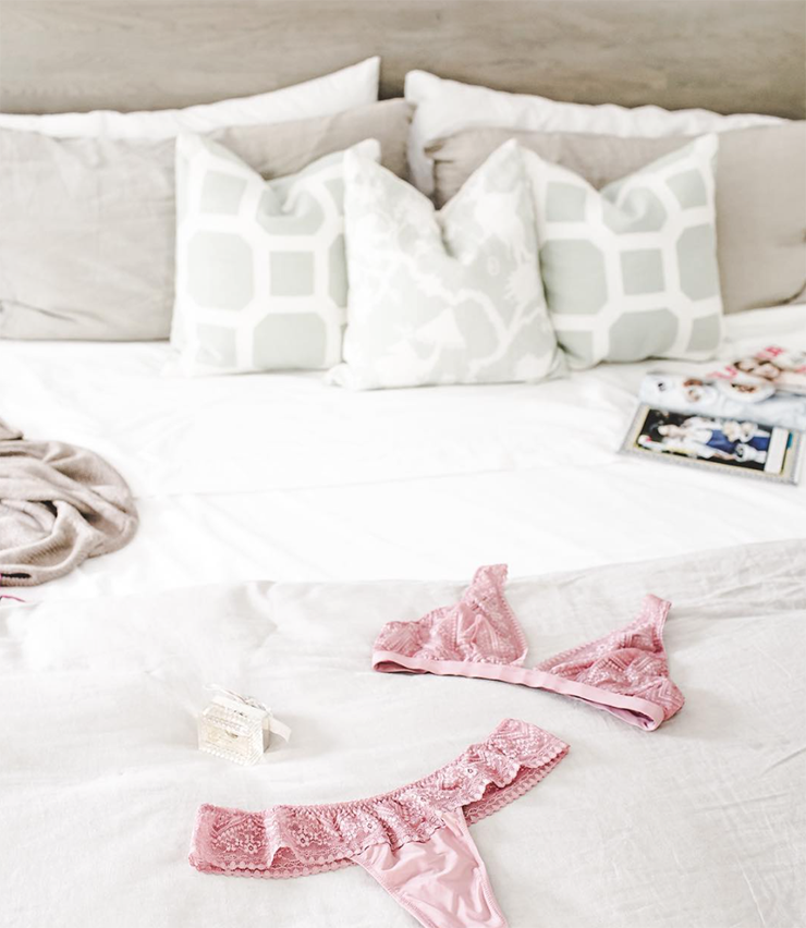 lenceria rosa ideal novias